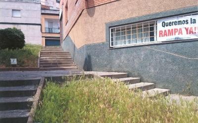 Imatge d'una de les zones del barri on els veïns reclamen una rampa | Cedida