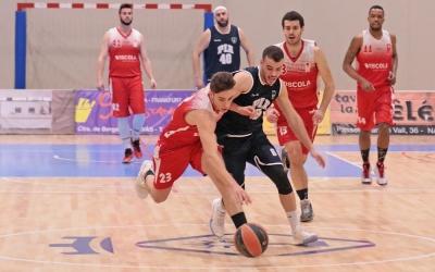 El Navàs va acabar el partit amb el mateix regust que la Pia una jornada abans | Jordi Biel (Regió7)