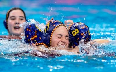 Alegria de Maica Garcia a l'aigua | EFE