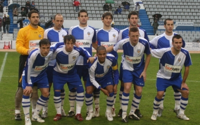 Onze inicial de l'últim Sabadell remuntat a la Nova Creu Alta fins el d'abans d'ahir | Adrián Arroyo
