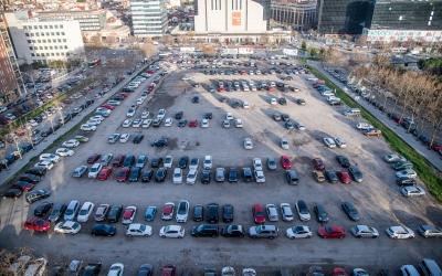 actual aparcament de l'Eix Macià com a possible ubicació dels nous Jutjats de la ciutat | Roger Benet