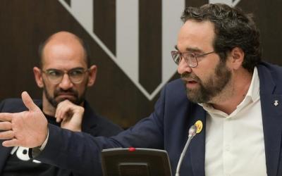 Maties Serracant i Juli Fernández, en un Ple/ Roger Benet