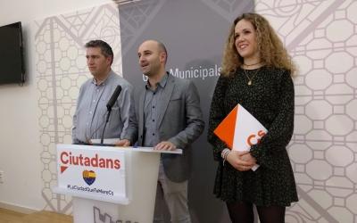 Jose Luís Fernández, Adrián Hernández i Laura Casado en roda de premsa | Helena Molist