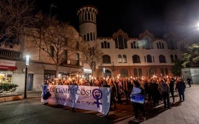 Imatge d'una de les manifestacions de rebuig a la violació múltiple de Sabadell | Roger Benet