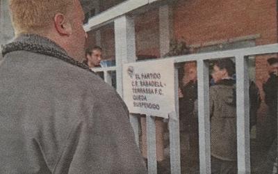Cartell de suspensió del Sabadell-Terrassa | Diari de Sabadell (via Trayectfutbol)