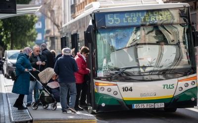 Un autobús de la TUS/ Roger Benet