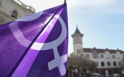 La vaga feminista divideix l'Ajuntament | Roger Benet