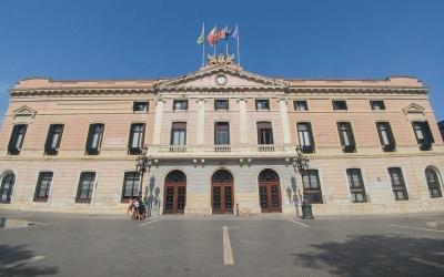 L'Ajuntament de Sabadell tanca tots els equipaments municipals a excepció de la Policia Municipal i els Registres