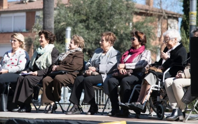 Les Dones del Tèxtil en l'acte d'homenatge   Helena Molist