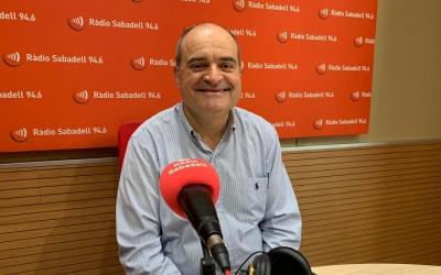 Santiago Guerrero, als estudis de Ràdio Sabadell/ Mireia Sans