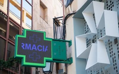 El coronavirus deixa les farmàcies sense mascaretes i desinfectants   Roger Benet