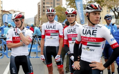 De la Cruz (dreta), amb el mallot de l'Emirates | BettiniPhoto - UAE Team Emirates