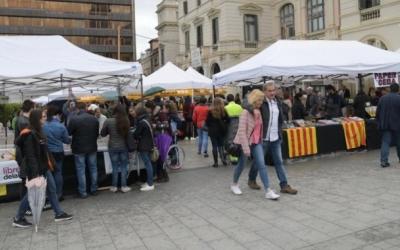 La plaça Doctor Robert va acollir els llibreters l'any passat per Sant Jordi | Ràdio Sabadell