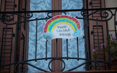 Els infants han fet de l'arc de santmartí el seu símbol de lluita contra el coronavirus | Roger Benet