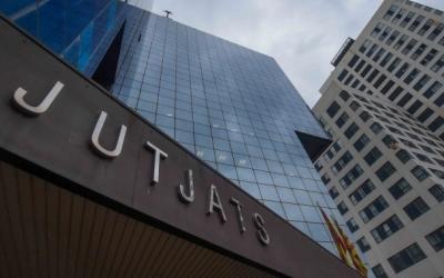 Els juristes s'uneixen per demanar millores immediates als Jutjats de Sabadell | Roger Benet