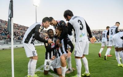 El Badajoz ha acabat amb els mateixos 49 punts que el Sabadell | @CDBadajoz