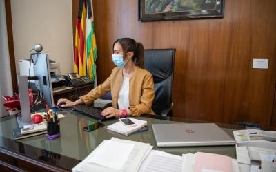 Marta Farrés, alcaldessa de Sabadell, al seu despatx | Roger Benet