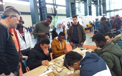 Els participants de l'InserJove durant una activitat | Associació Juvenil Esquitx