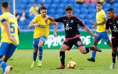Undabarrena jugant un derbi Las Palmas-Tenerife | LFP