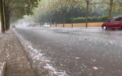 Una quarantena d'avisos als Bombers a Sabadell durant la tempesta | Roger Benet