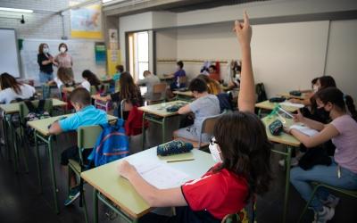 Imatge del primer dia de tornada a l'escola a Sabadell | Roger Benet