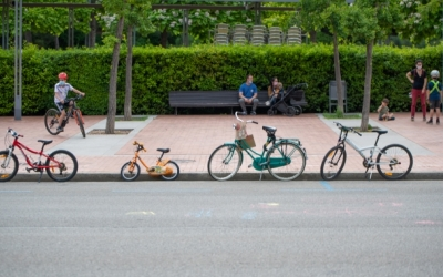 Bicicletes a l'Eix Central de la ciutat/ Roger Benet