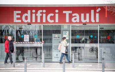 Baixen les hospitalitzacions a l'Hospital de Sabadell per coronavirus | Roger Benet