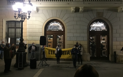 Entitats i partits independentistes protesten contra l'OperacióVoljov contra empresaris independentistes | Ràdio Sabadell