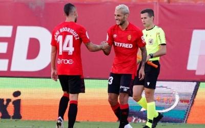 Stoichkov felicita Dani Rodríguez en el gol del Mallorca al Sabadell fa una setmana | RCDM