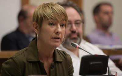 Lourdes Ciuró (JxS), durant una intevenció al Ple municipal | Roger Benet