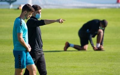 Hidalgo conversa amb Jaime en un entrenament d'aquesta setmana | Roger Benet