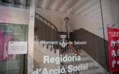 Façana de la regidoria d'Acció Social   Roger Benet