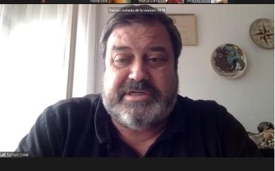 L'exregidor Ramon Vidal durant la roda de premsa telemàtica d'avui