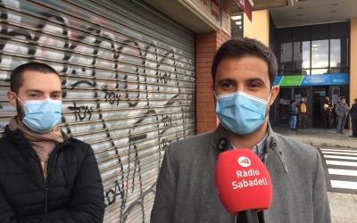 Els regidors Eloi Cortés i Pol Gibert durant la roda de premsa d'avui | Ràdio Sabadell