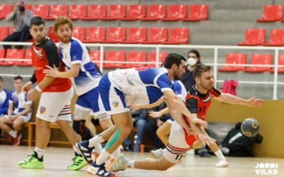 El Creu Alta ve de perdre a la pista de La Salle Montcada | Jordi Vilas