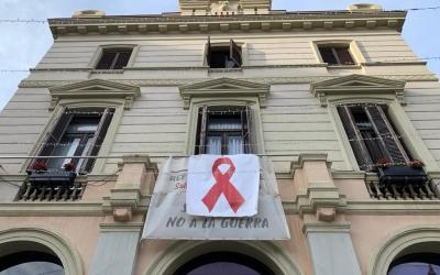 El llaç vermel a l'Ajuntament de Sabadell | Roger Benet