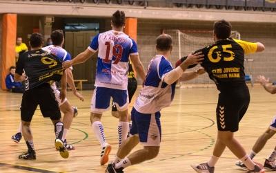 Acció de partit entre el Creu Alta i el Mataró el passat cap de setmana a terres maresmenques | Carme Balcells