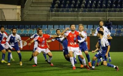 Acció a pilota aturada del partit d'ahir a Can Misses | Juan A. Riera
