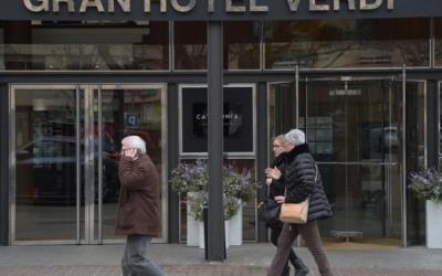 Imatge de la façana d'un hotel sabadellenc | Roger Benet