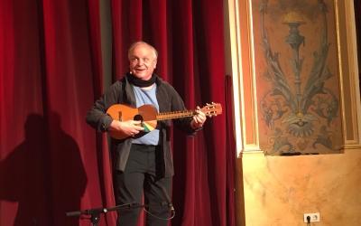 Arnau Viladerbò ha explicat el primer conte al Teatre Principal   Ràdio Sabadell