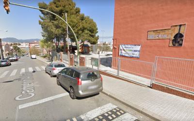 Entrada de l'escola Pau Casals   Google Maps