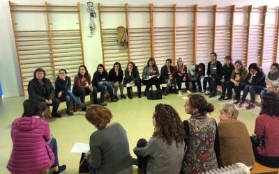 Una sessió de mediació a les aules, abans de la pandèmia/ Ajuntament de Sabadell