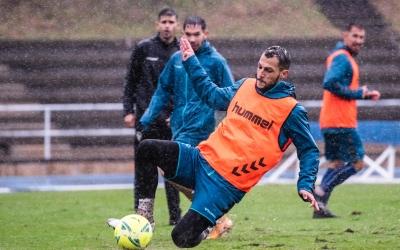 L'entrenament d'ahir a Sant Oleguer es va realitzar en unes condicions adverses | CE Sabadell