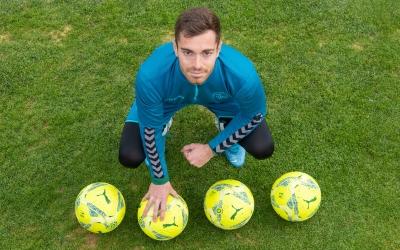 Quatre pilotes que il·lustren els quatre gols de Juan Hernández | Roger Benet