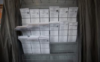 Alguns candidats han votat per correu i d'altres ho han fet de forma presencial | Roger Benet