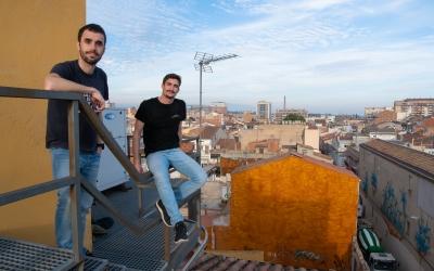 Aleix Graell i Pere Gallifa a la teulada de Ràdio Sabadell   Roger Benet