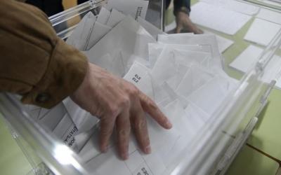 Recompte de vots a l'Escola Industrial | Roger Benet