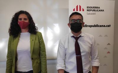 Els regidors d'ERC Èlia Soriano-Costa i Gabriel Fernández | Pau Duran