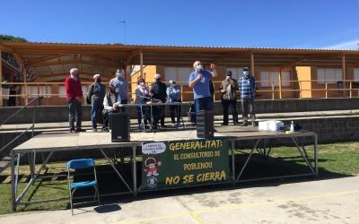 Un moment de l'assemblea al pati de l'Escola Juan Ramón Jiménez | Ràdio Sabadell