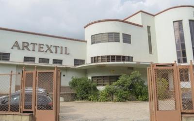Imatge de l'antiga fàbrica Artèxtil, a la Gran Via